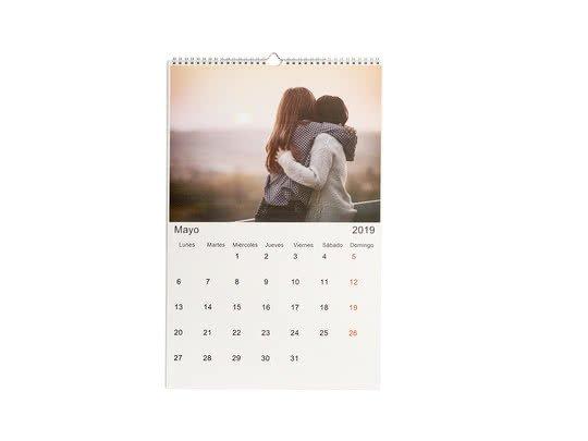 regalos originales calendario personalizado con fotos